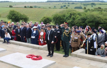 DHC, Mr Charanjeet Singh was joined by representatives of armed forces, civic and political sphere to pay tribute at ChattriMemorial, Brighton to soldiers who sacrificed their lives in WW1. DHC laid wreath and addressed the diaspora